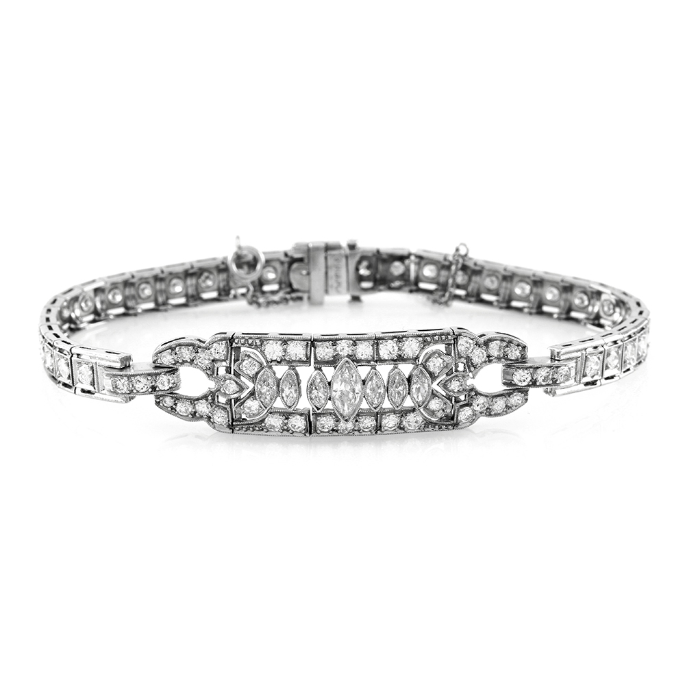 Vintage 3.51ctw Diamond Bracelet with Milgrain Details in Platinum