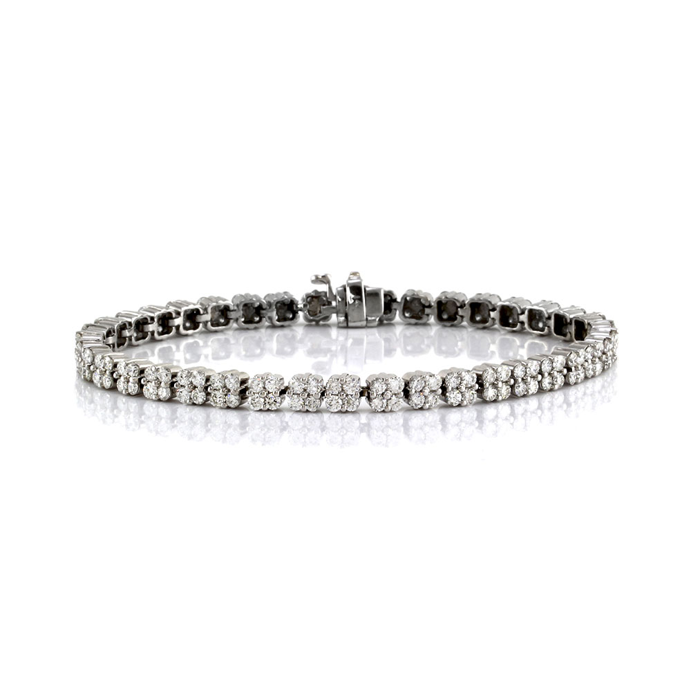 Diamond Cluster Link Tennis Bracelet in Gold