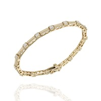 Diamond Bar Link Gold Line Bracelet