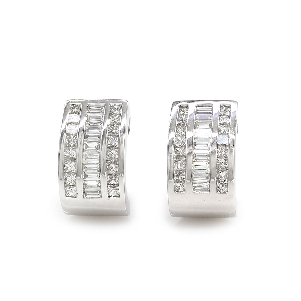 3 Row Diamond Curved Earrings in Gold