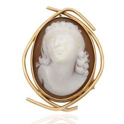 Brown Shell Cameo Free Form Wire Pin/Pendant
