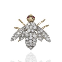 Diamond Bee Brooch Pin In Gold
