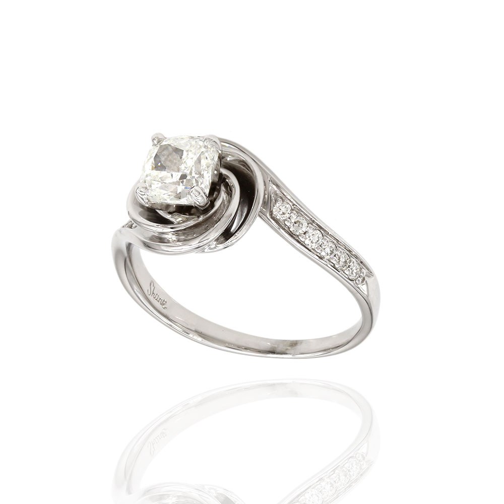 Cushion Diamond Bypass Engagement Ring in Gold