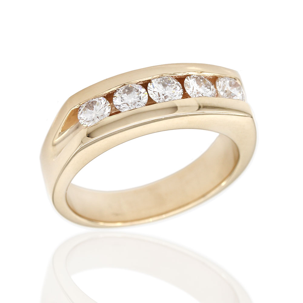 Gentlemans Five Stone Diamond Ring in Gold